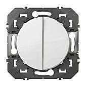 Double interrupteur ou va-et-vient dooxie 10AX 250V finition blanc image