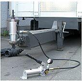 Unité hydraulique de poussée et de traction image